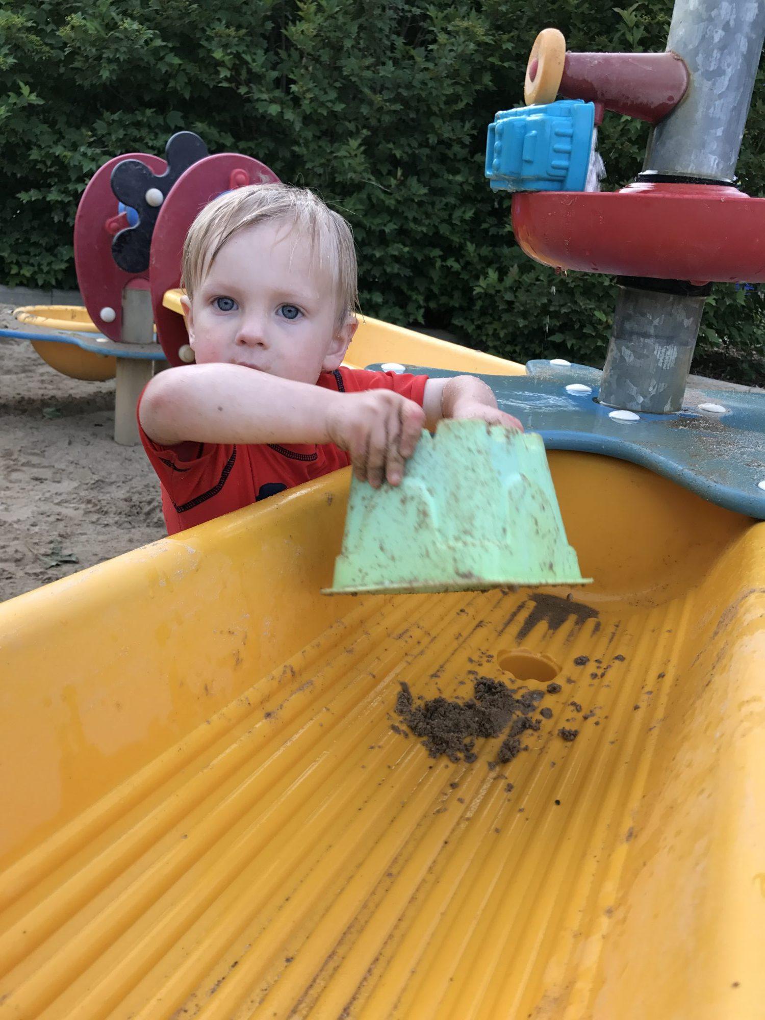 Hoyt Park Pool & Splash Pad